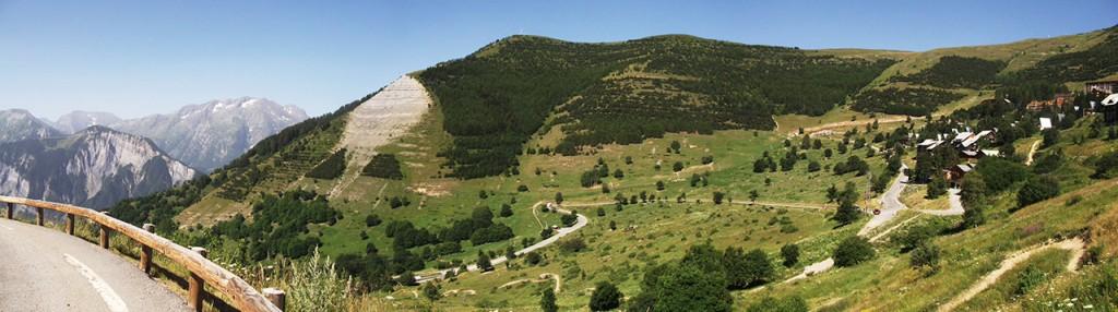 Montée de l'Alpe d'Huez via la route de l'Eclose