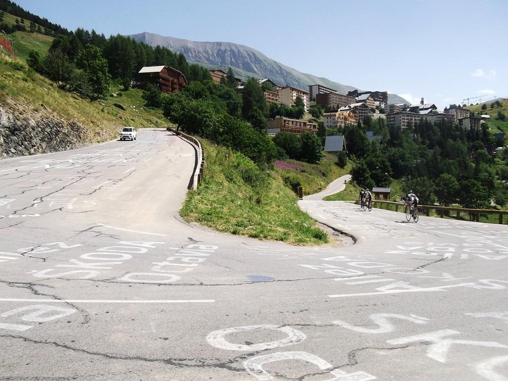 Montée de l'Alpe d'Huez via les 21 virages