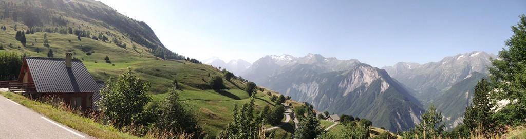 Le Massif des Ecrins vu depuis Villard-Reculas